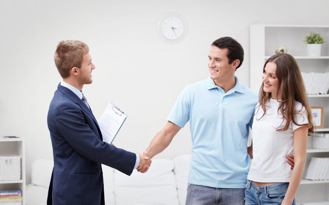¿Por Qué un Buen Servicio al Cliente es Clave para su Óptica?