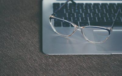 Productos que Debes Tener para la Limpieza Correcta de las Gafas